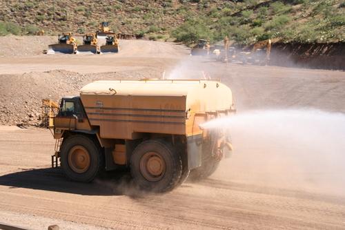 CAT777水タンク車
